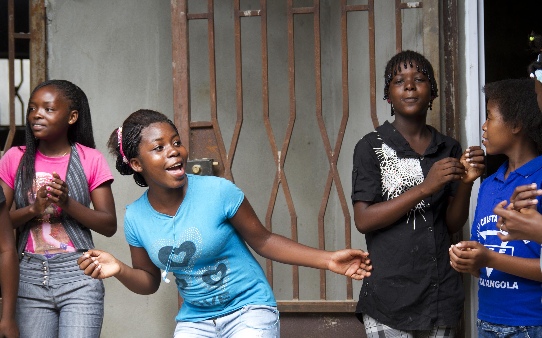 Luanda girls